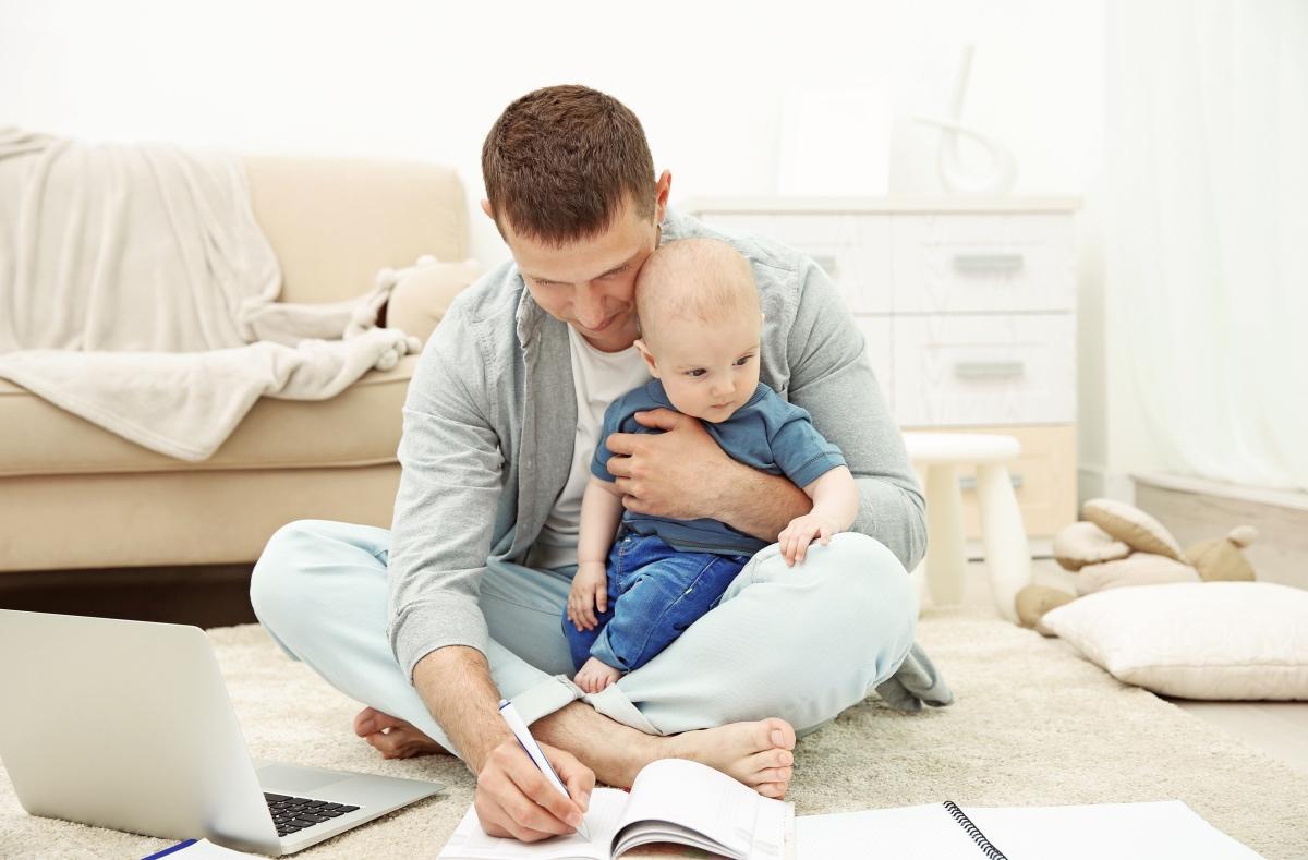 Für das Elterngeld müssen Steuern entrichtet werden. Hier ist der Progressionsvorbehalt anzuwenden.