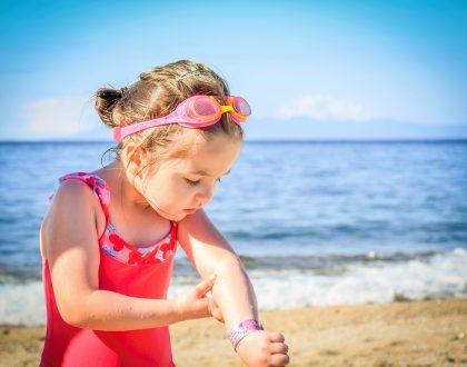 Haut und Augen sind beim Sonnenbaden am meisten in Gefahr.